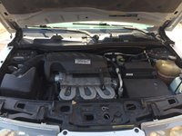 Picture of 2002 Saturn VUE V6 AWD, engine
