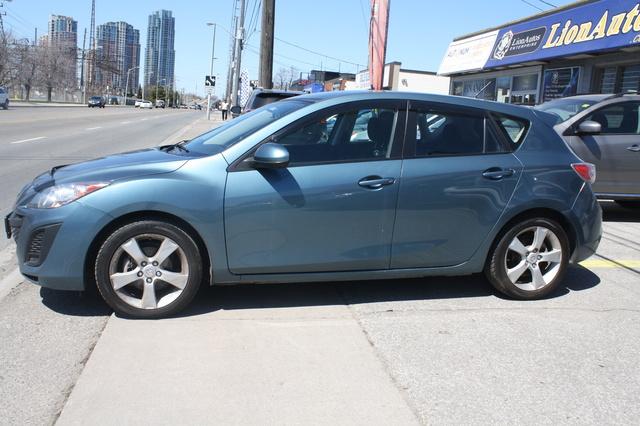 Picture of 2011 Mazda MAZDA3