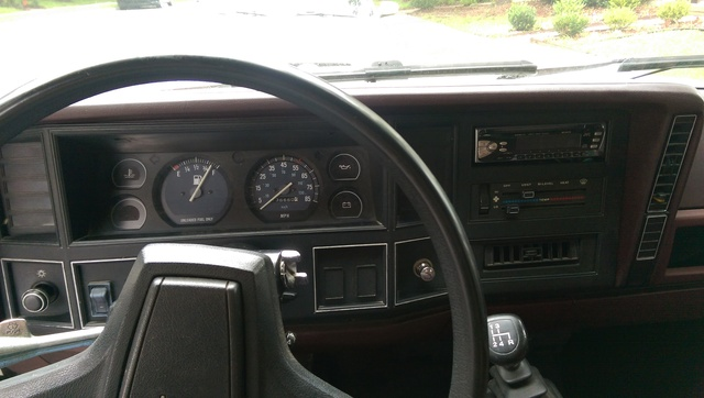 Picture of 1989 Jeep Comanche Pioneer, interior