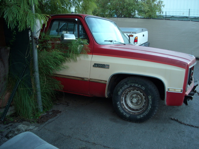 Picture of 1986 GMC Sierra