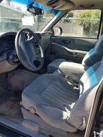 Picture of 1998 Isuzu Hombre 2 Dr XS Extended Cab SB, interior