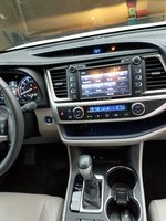 Picture of 2016 Toyota Highlander Limited, interior
