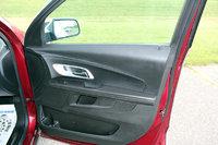 Picture of 2017 Chevrolet Equinox LT, interior