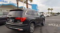 Picture of 2017 Honda Pilot Touring AWD, exterior