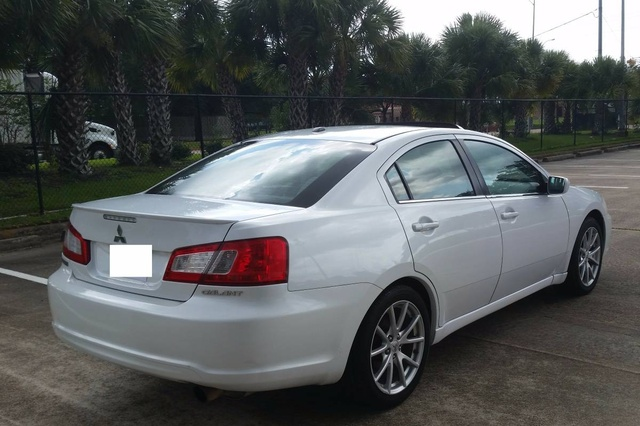 Picture of 2012 Mitsubishi Galant SE