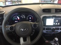 Picture of 2015 Kia Soul EV +, interior, gallery_worthy
