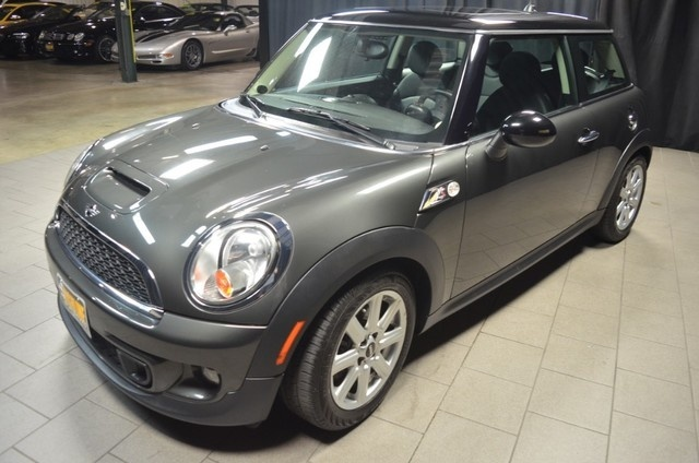 Picture of 2013 MINI Cooper S, gallery_worthy