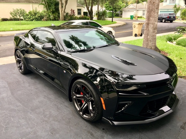 Picture of 2017 Chevrolet Camaro 1SS