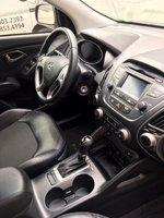 Picture of 2015 Hyundai Tucson SE, interior