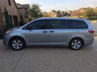 Picture of 2016 Toyota Sienna L 7-Passenger