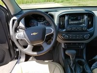 Picture of 2017 Chevrolet Colorado Work Truck Extended Cab 6ft Bed, interior