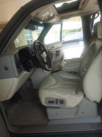 Picture of 2002 GMC Yukon SLT, interior