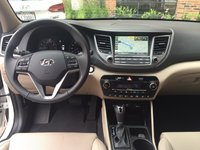 Picture of 2016 Hyundai Tucson Limited AWD, interior