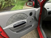 Picture of 2004 Chevrolet Aveo Base