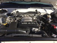 Picture of 2001 Toyota Sequoia Limited, engine, gallery_worthy