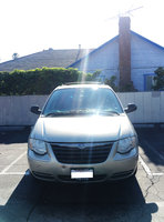Picture of 2005 Chrysler Town & Country LX