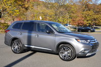 Picture of 2017 Mitsubishi Outlander ES AWD