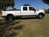 Picture of 2011 Ford F-450 Super Duty King Ranch Crew Cab DRW 4WD