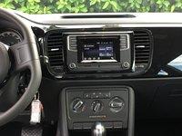 Picture of 2017 Volkswagen Beetle 1.8T Dune, interior, gallery_worthy