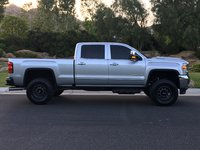 Picture of 2017 GMC Sierra 2500HD SLT Crew Cab SB 4WD, exterior, gallery_worthy