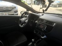 Picture of 2016 Kia Rio5 LX, interior, gallery_worthy