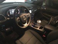 Picture of 2017 Jeep Grand Cherokee Laredo E, interior