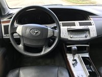 Picture of 2010 Toyota Avalon XLS, interior, gallery_worthy