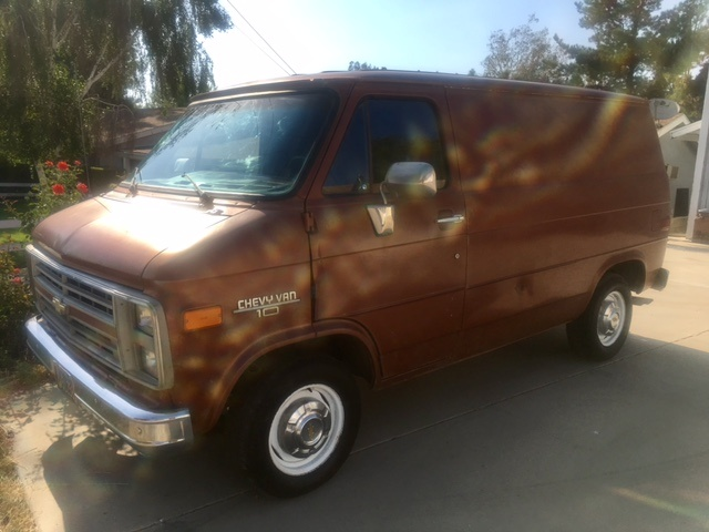Picture of 1986 Chevrolet Chevy Van G10 RWD