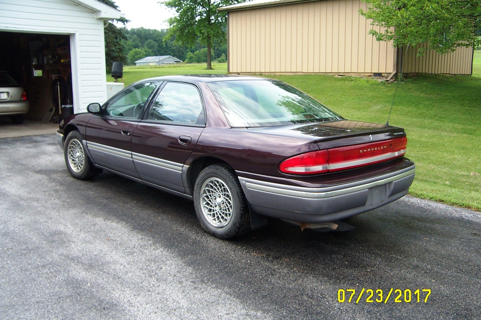 1994 Chrysler Concorde - Overview