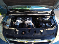 Picture of 2007 Hyundai Entourage GLS, engine