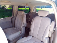 Picture of 2007 Hyundai Entourage GLS, interior
