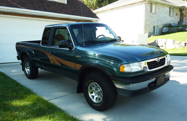 Picture of 1998 Mazda B-Series Pickup 2 Dr B4000 SE 4WD Extended Cab SB