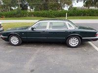1999 Jaguar XJ-Series Picture Gallery