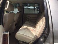 2006 ford explorer interior