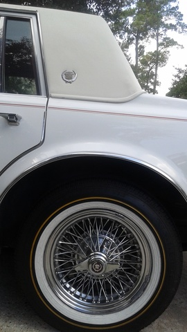 Picture of 1977 Cadillac Seville