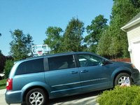 Picture of 2011 Chrysler Town & Country LX, exterior, gallery_worthy