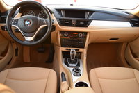 Picture of 2014 BMW X1 sDrive28i, interior