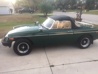 Picture of 1975 MG MGB