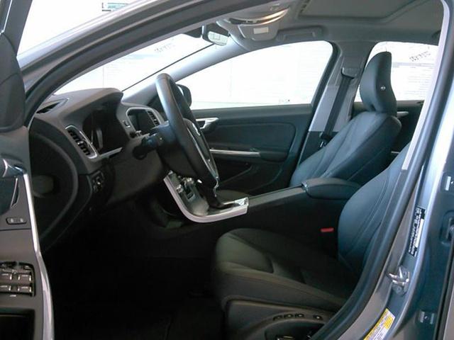 Picture of 2017 Volvo S60 T5 Inscription, interior