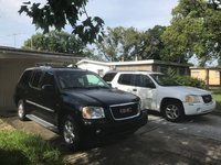 Picture of 2004 GMC Envoy XUV 4 Dr SLT SUV, exterior, gallery_worthy
