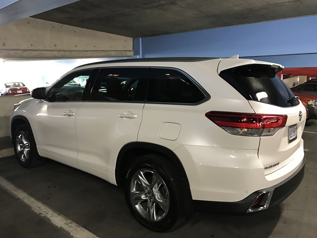 2017 toyota highlander pictures cargurus for 2017 toyota 4runner limited invoice price