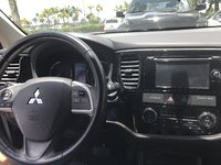 Picture of 2015 Mitsubishi Outlander SE, interior, gallery_worthy