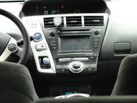 Picture of 2014 Toyota Prius v Three, interior, gallery_worthy