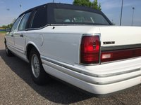 Picture of 1993 Lincoln Town Car Signature, exterior, gallery_worthy