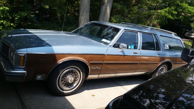 Picture of 1985 Oldsmobile Custom Cruiser