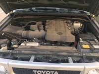 Picture of 2014 Toyota FJ Cruiser 4WD, engine