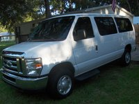 Picture of 2009 Ford E-Series Wagon E-350 XLT Super Duty, exterior