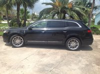 Picture of 2013 Lincoln MKT EcoBoost AWD, exterior, gallery_worthy