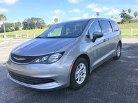 Picture of 2017 Chrysler Pacifica Touring, exterior, gallery_worthy