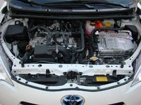 Picture of 2014 Toyota Prius c Two, engine
